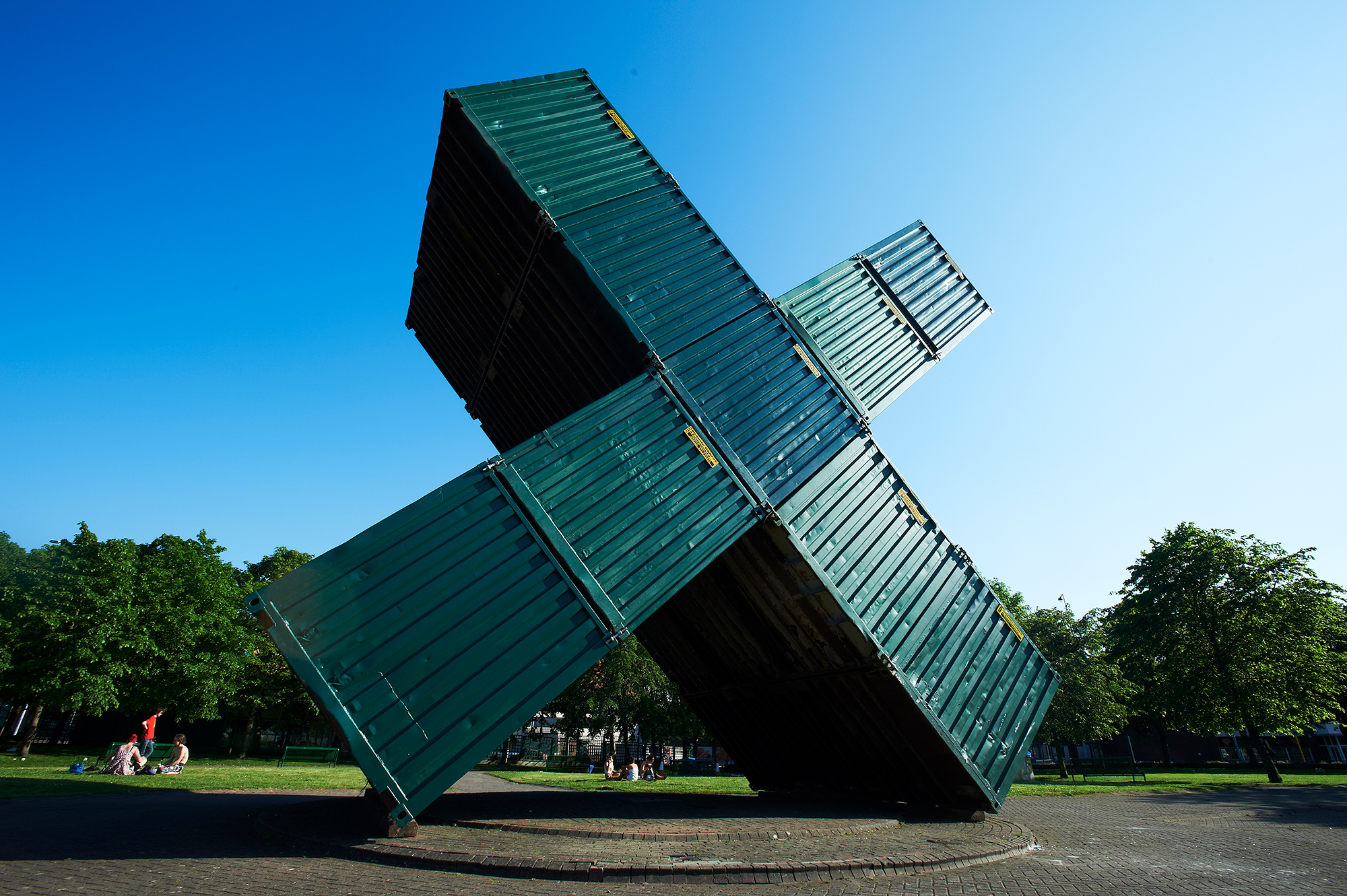 Luc Deleu, Construction X, 9 shipping containers, courtesy the artist
